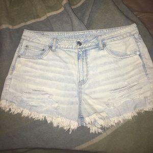 NWOT AE shorts